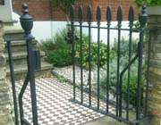 Whitten Metalworks: Gates & Railings